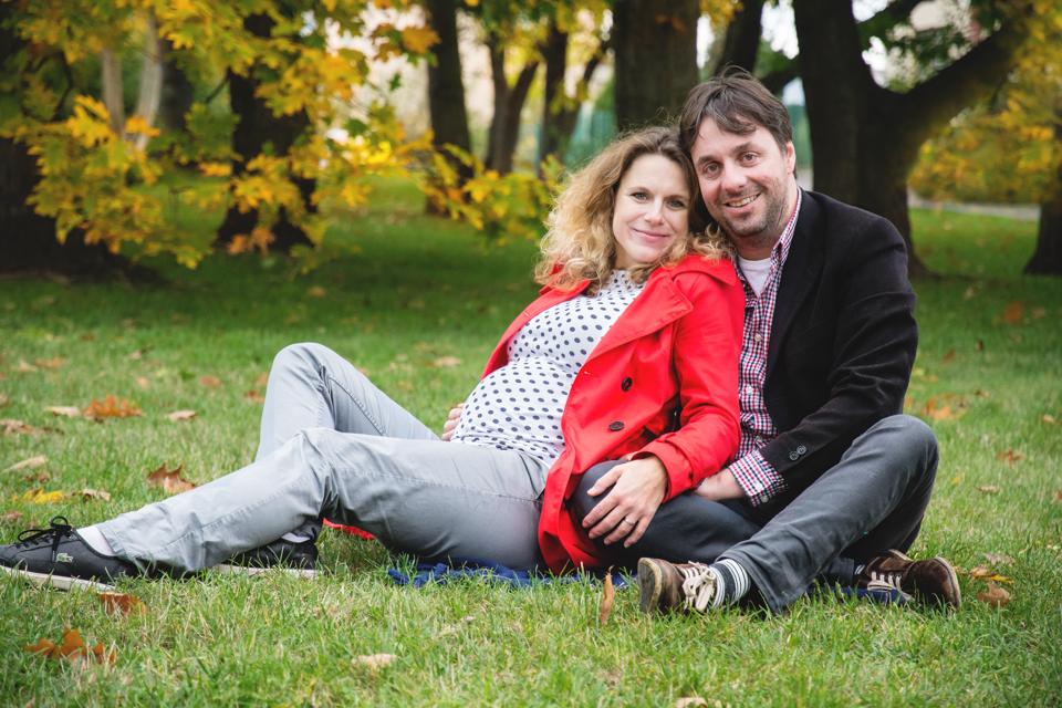 basfoto_tehotenska-a-rodinna-fotografie-praha_maja-a-radek-25